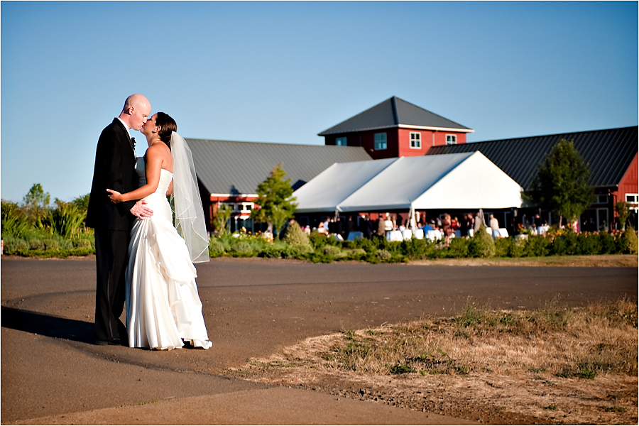 kings-estate-vineyard-wedding-018