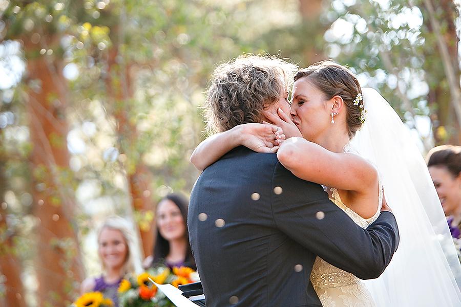 della_terra_mountain_chateau_wedding_024